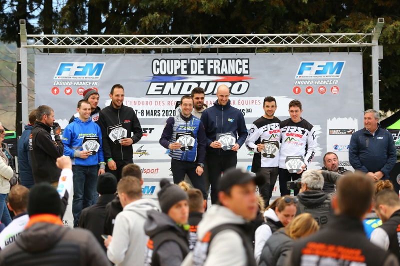 Photo podium coupe 1